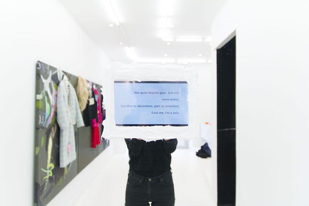 Beyond Good and Evil, More Within. Sacrifice as Decoration, Pain as Ornament. Fuck Me: I'm a Sofa,  vidéo de 8'50'' (montage, musique et chant Fabienne Audéoud), 2014.